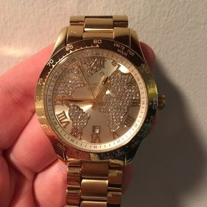 Michael Kors globe watch